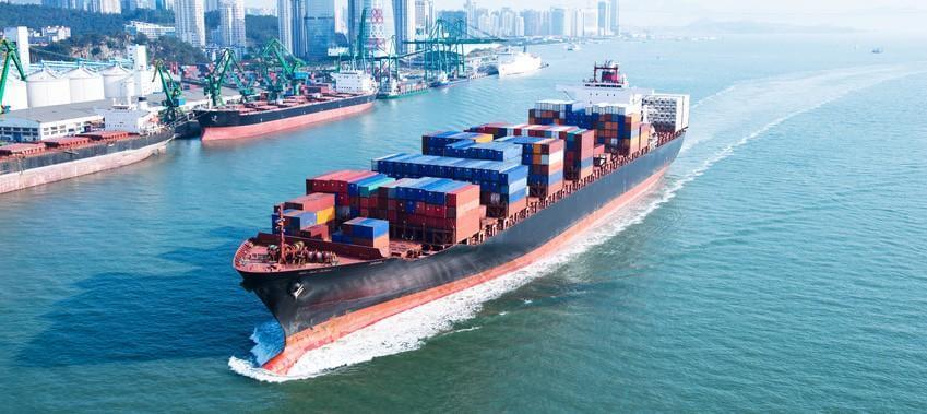 爆舱了!抢集装箱,海运集装箱价格飞涨近3倍
